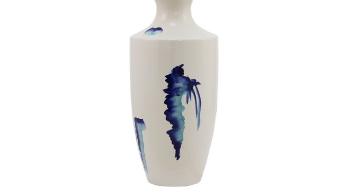 Bellissa White Medium Vase - Traditional