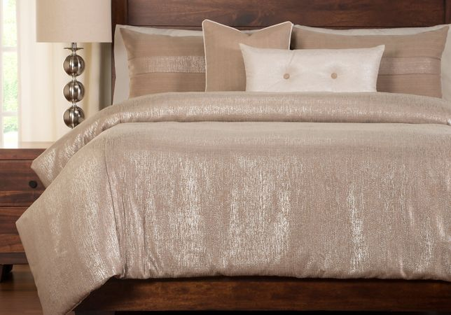 Owings Tan 6 Pc Queen Duvet Set
