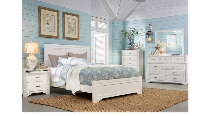Belcourt White 7 Pc Queen Panel Bedroom (9 Drawer) - Contemporary