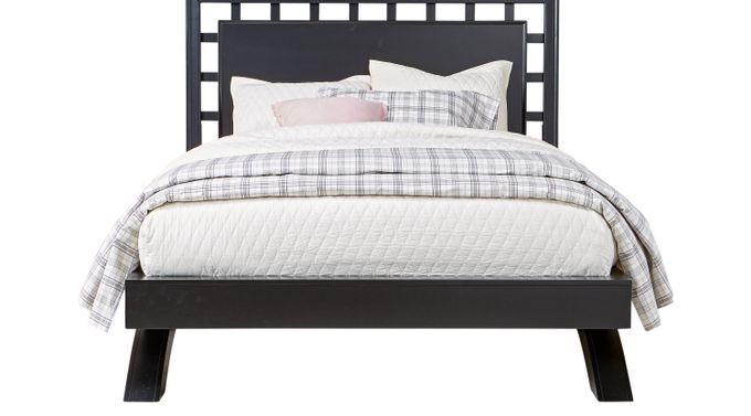 Belcourt Black 3 Pc Queen Platform Bed with Lattice Headboard - Contemporary