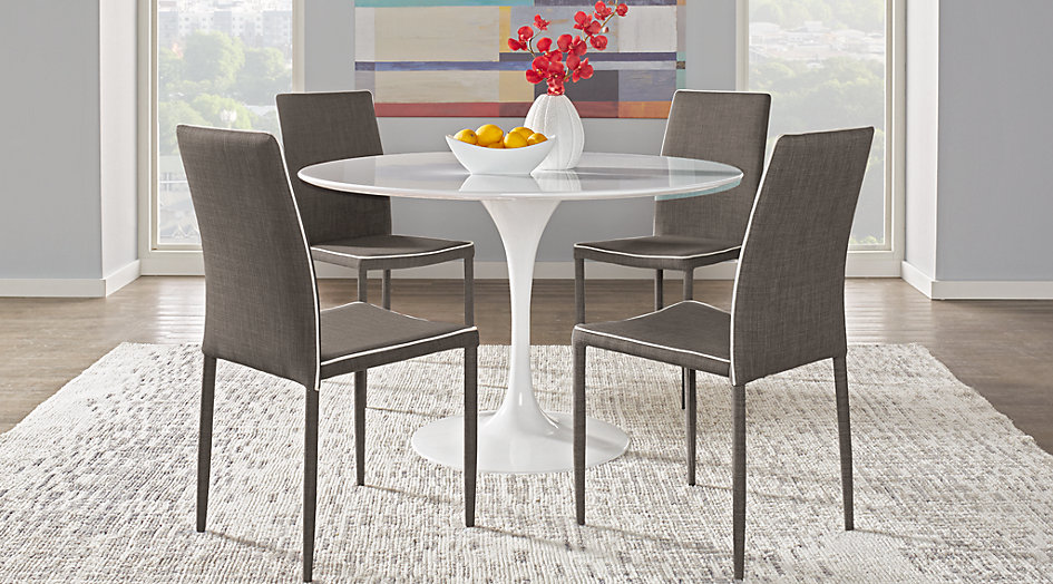 Picture of the Parnella dining set.