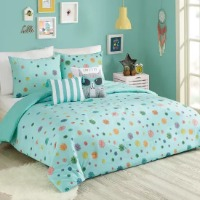 Picture of blue cat bedding