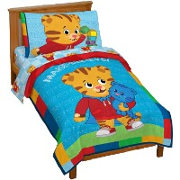 Picture of a Daniel Tiger toddler size bedding set