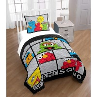 Picture of a Sesame Street themed bedding set.