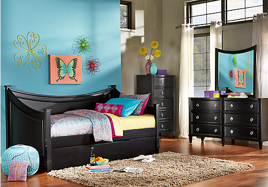 Jaclyn Place Black 3 Pc Daybed Bedroom