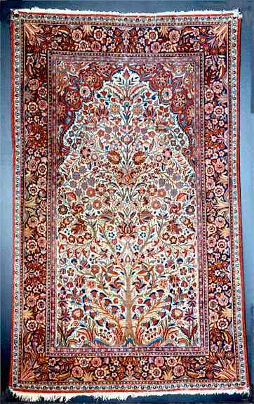 Persian Kashan Rug Styles A Guide To Kashan Persian Rugs