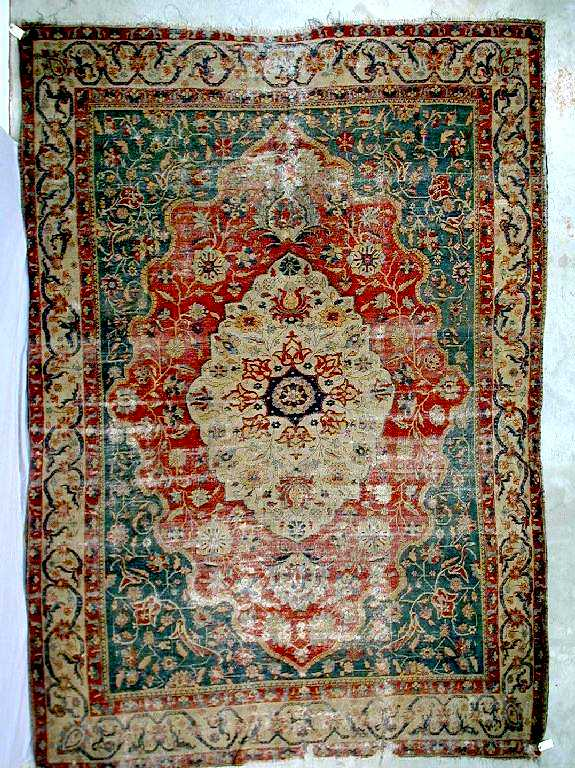 Zand or early Qajar Sarouk carpet late 18th-early 19th C.